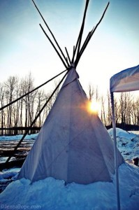 Nisawa`igan (Tipi) – Enbridge Encampment / Photo by Jenna Pope